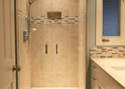 Small bath remodel in Laguna Hills Ca
