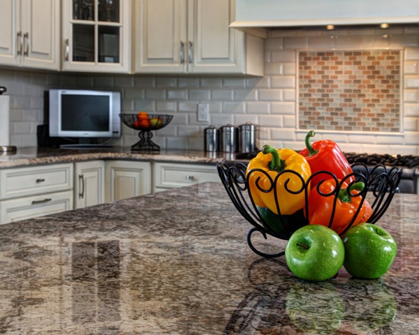 The Risks of Replacing Your Countertop Before Your Cabinets