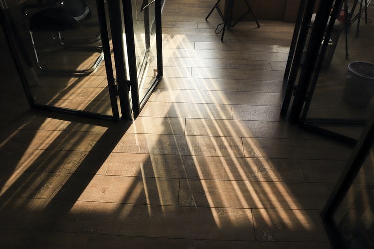 White Oak Flooring Vs. Red Oak Flooring